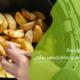 freidora con papatas cocinadas sin aceite